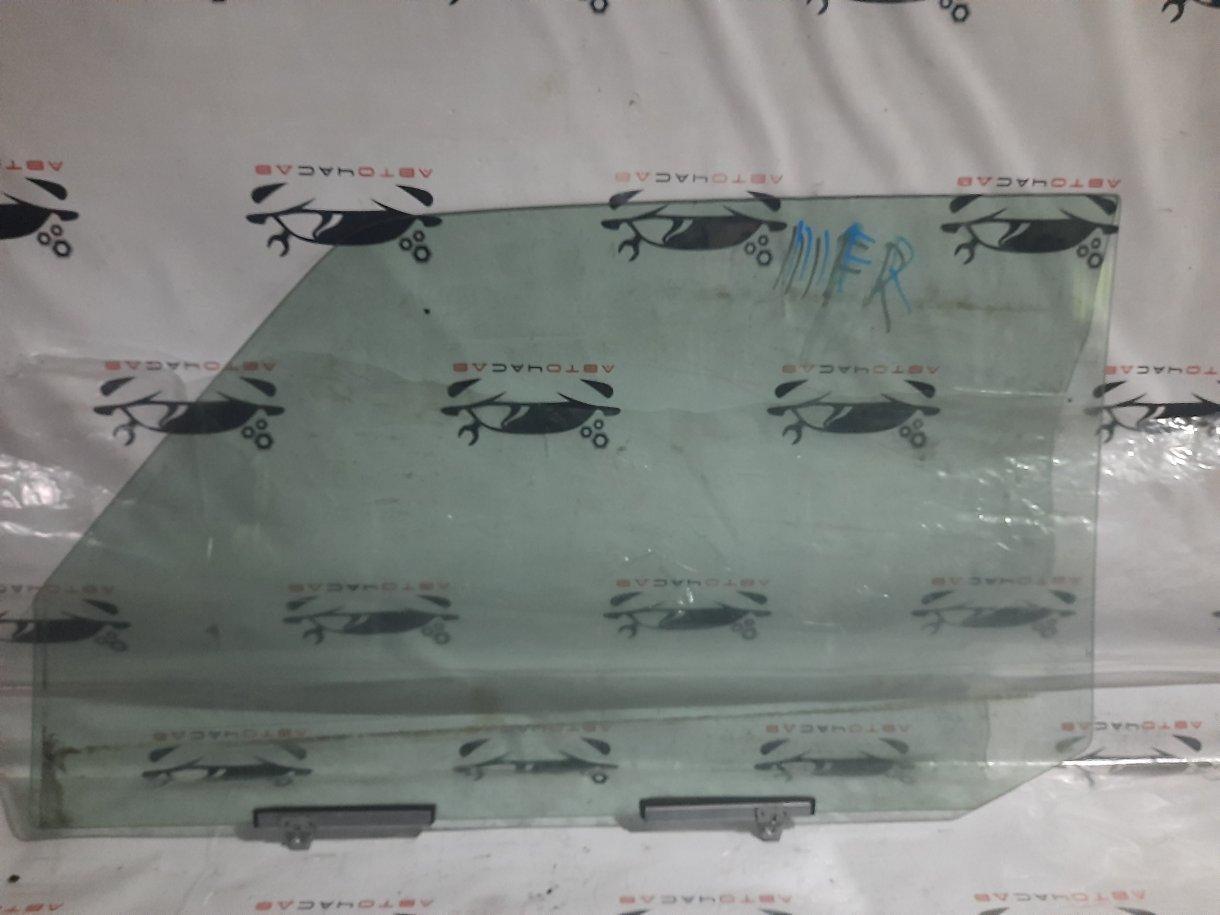 Стекло двери Mitsubishi Pajero Mini H58A 4A30 1999 переднее правое