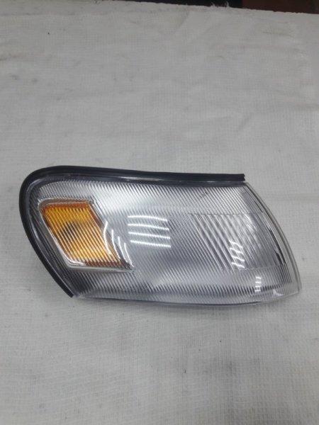 Габарит Toyota Corolla AE100 91 правый