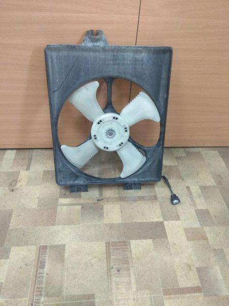 Диффузор радиатора Mitsubishi Dion CR9W правый