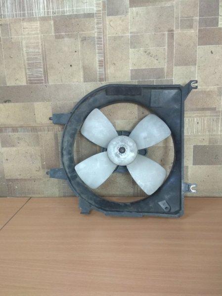 Диффузор радиатора Mazda Demio DW3W