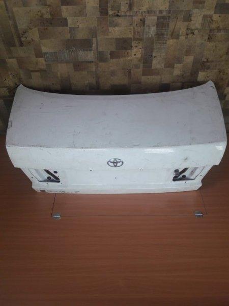 Крышка багажника Toyota Corona ST190