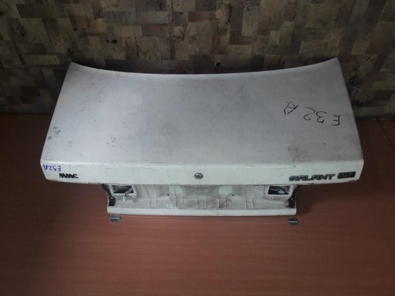 Крышка багажника Mitsubishi Galant E32A