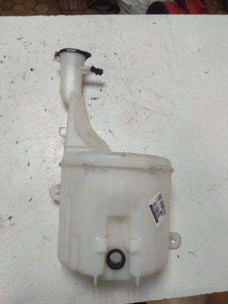 Бачок омывателя Toyota Vitz SCP10