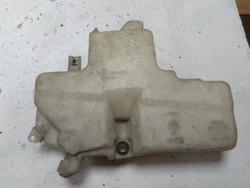 Бачок омывателя Mitsubishi Delica PF6W