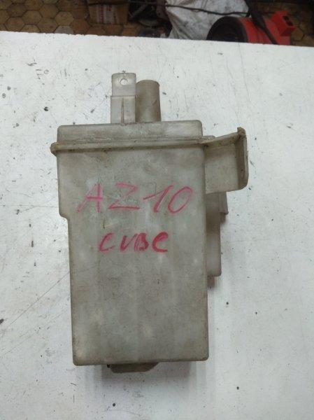 Бачок омывателя Nissan Cube AZ10