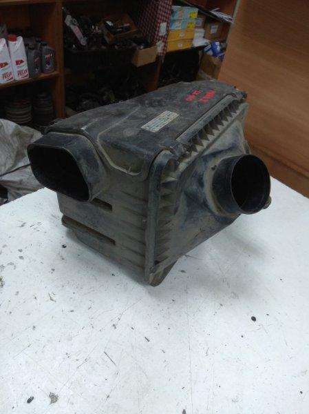 Корпус воздушного фильтра Toyota Markii LX100 2LTE