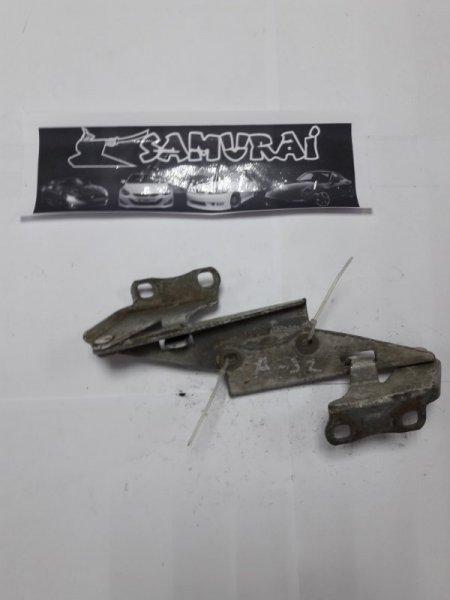 Крепление капота Nissan Cefiro A32