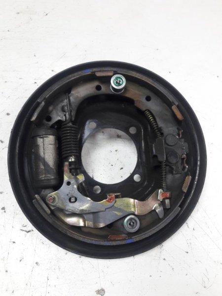 Механизм стояночного тормоза Toyota Ipsum SXM10 задний правый