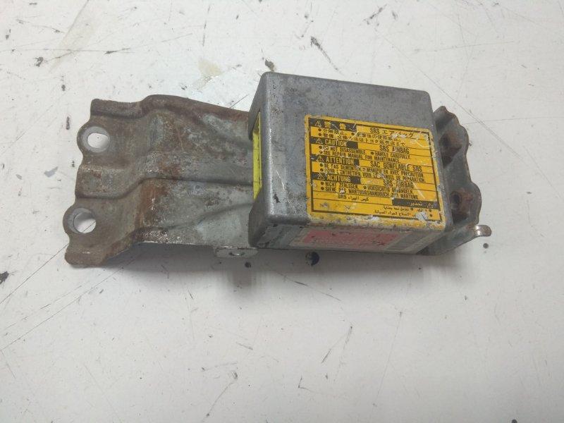 Блок управления airbag Toyota Ipsum SXM10