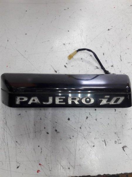 Молдинг Mitsubishi Pajero Io H76W