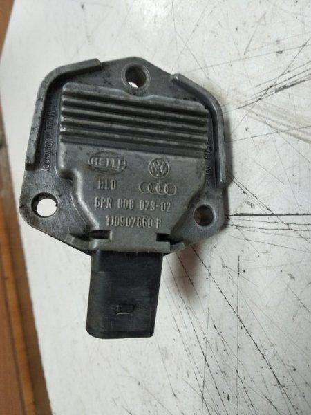 Датчик уровня масла Volkswagen Passat B5+ AWT 2003