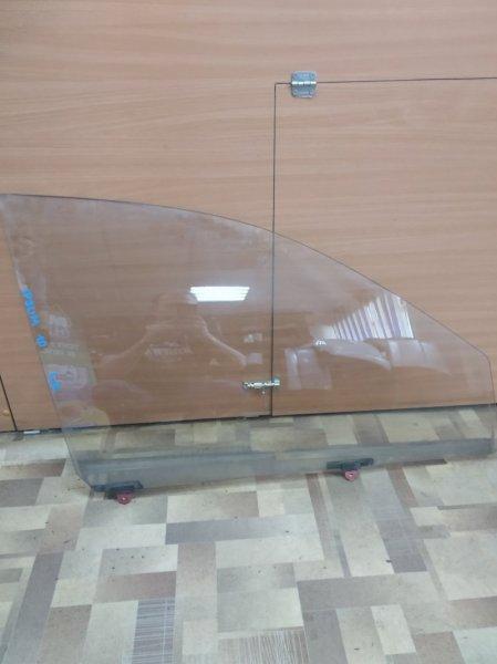 Стекло Toyota Ipsum SXM10 переднее правое