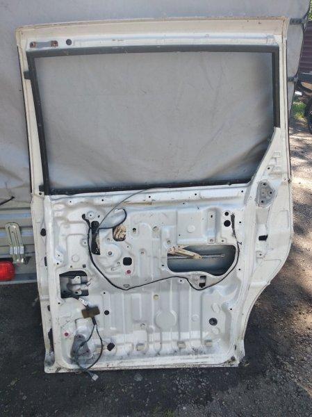 Дверь Toyota Estima ACR30 задняя правая