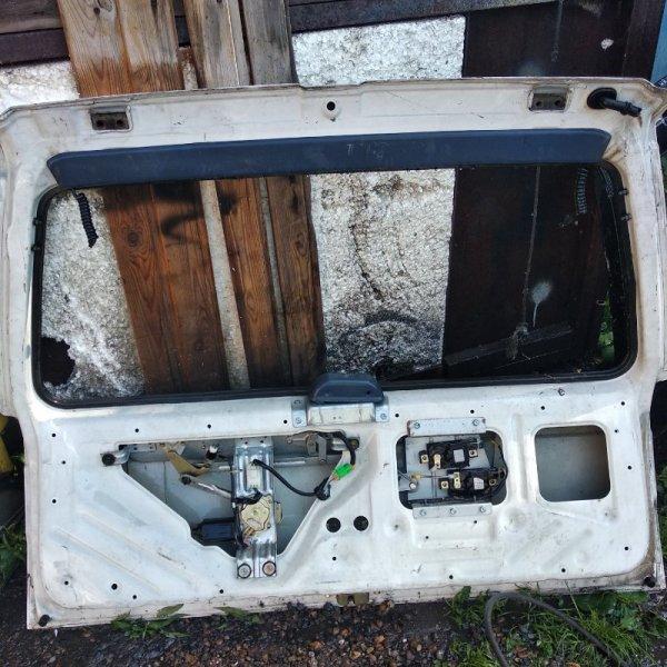 Дверь 5-я Nissan Pathfinder WD21