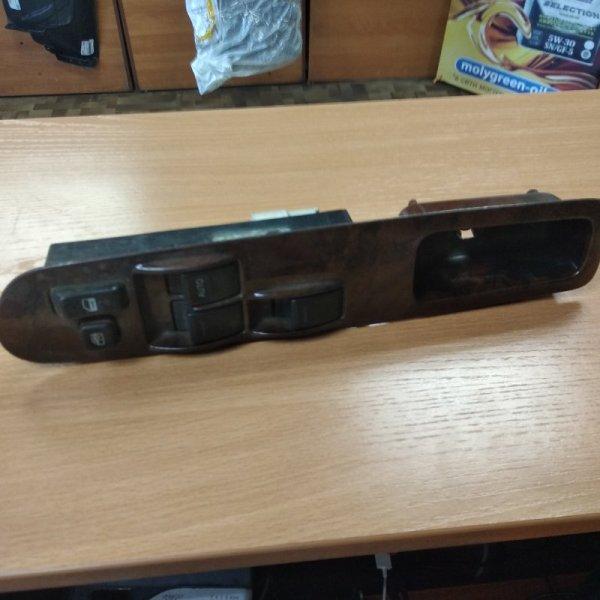 Блок упр. стеклоподьемниками Toyota Town Ace/noah SR50 передний правый