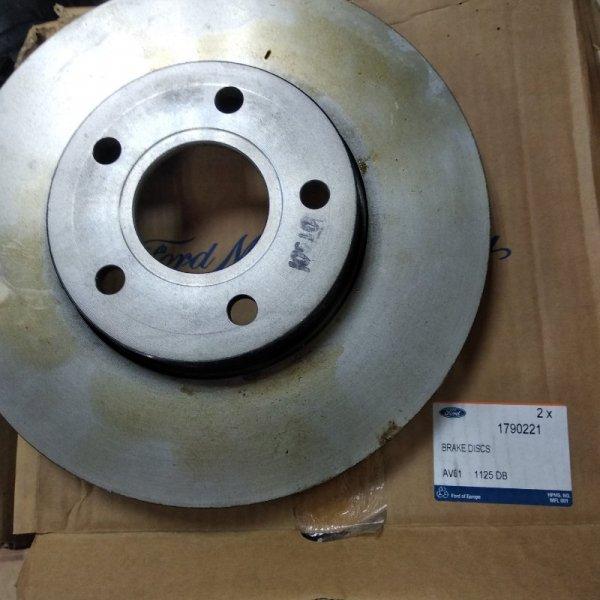Тормозной диск Ford передний