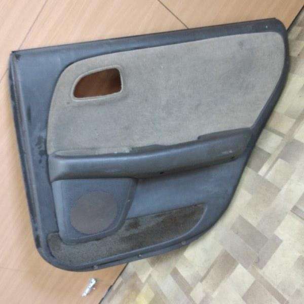 Обшивка двери Toyota Markii JZX90 задняя правая