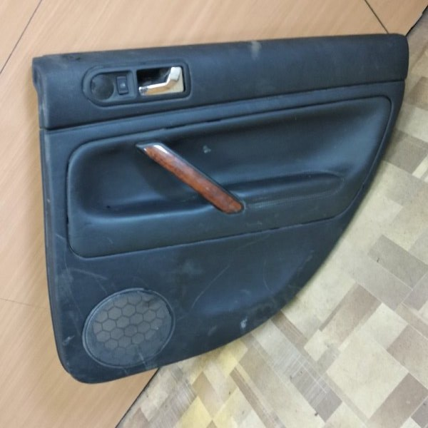 Обшивка двери Volkswagen Passat B5+ задняя правая