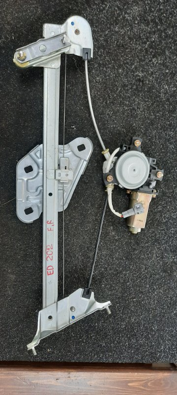 Стеклоподъемник Toyota Carina Ed ST202 передний правый