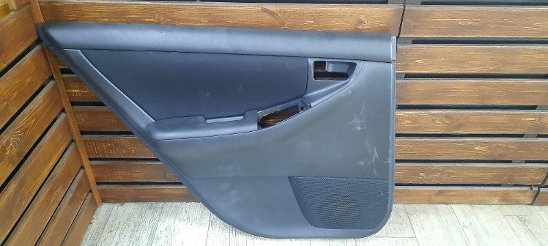 Обшивка двери Toyota Corolla Fielder NZE121 задняя левая