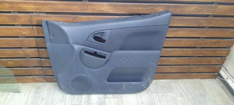 Обшивка двери Toyota Funcargo NCP20 передняя правая