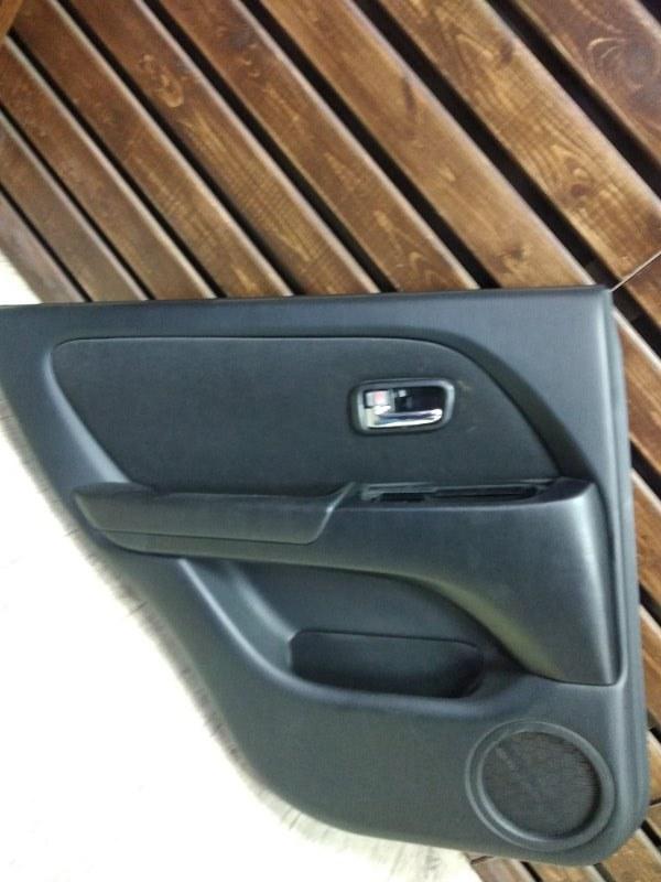 Обшивка двери Toyota Harrier MCU15-0304266 1MZFE 2002 задняя левая