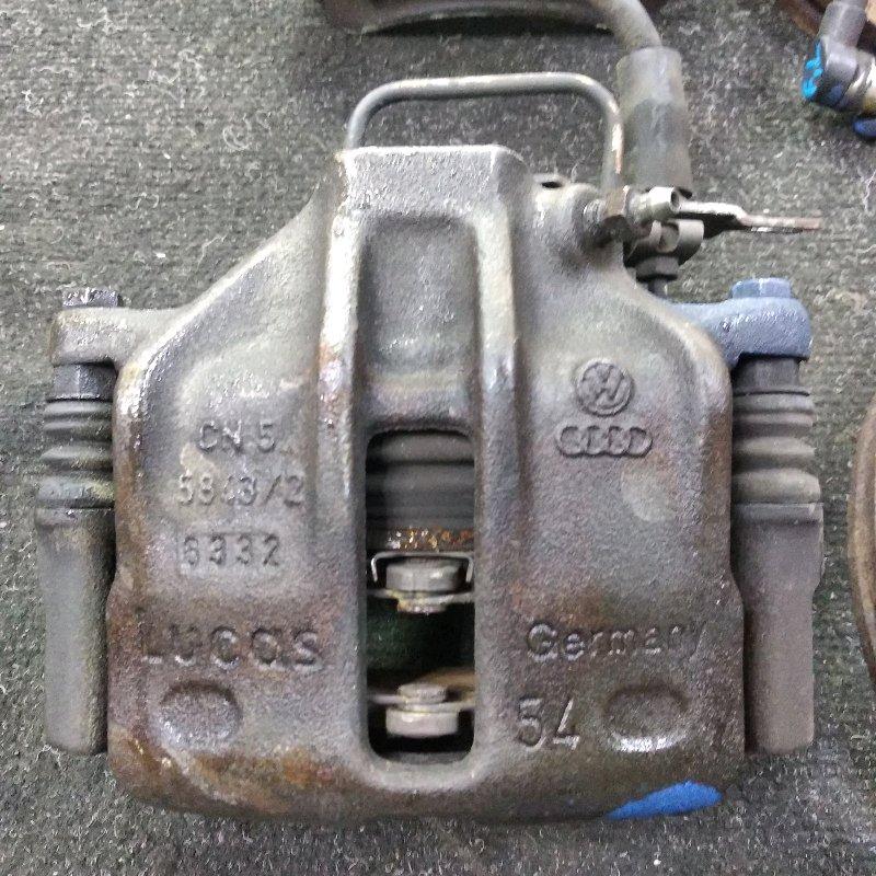 Суппорт Volkswagen Passat B5 передний правый