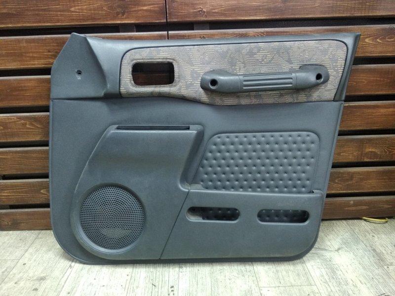 Обшивка двери Toyota Rav4 SXA11 передняя правая