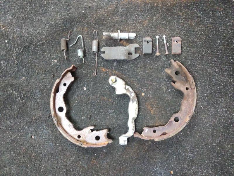 Механизм стояночного тормоза Nissan Serena NC25 задний левый