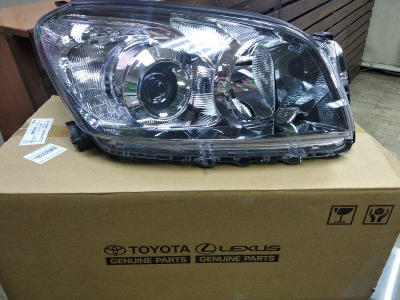 Фара Toyota Rav4 ACA31 правая