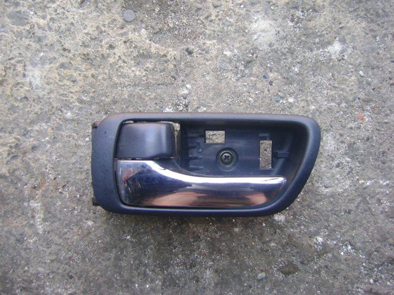 Ручка двери внутренняя Toyota Premio ZZT240 задняя левая