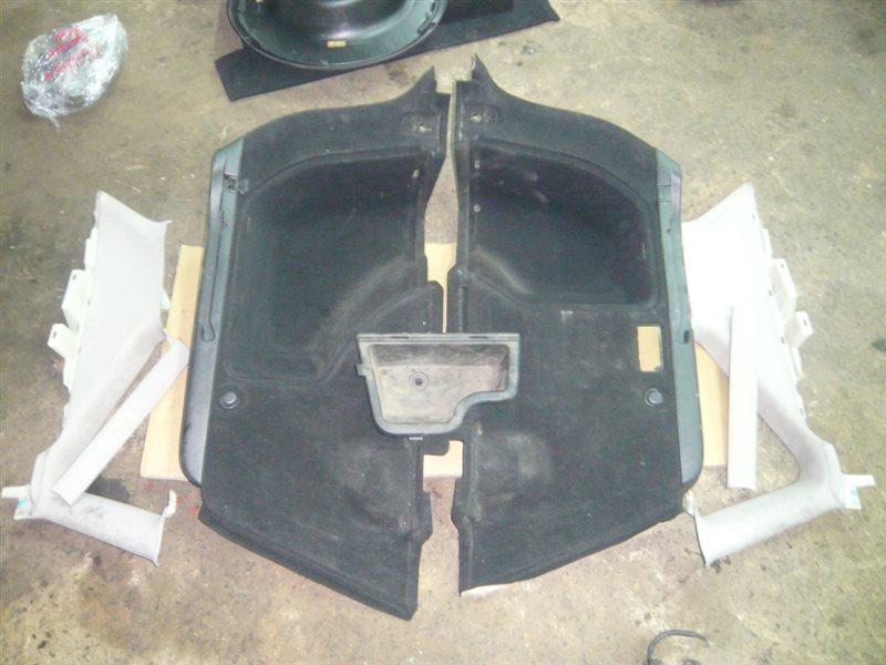 Обшивка багажника Toyota Caldina AZT241