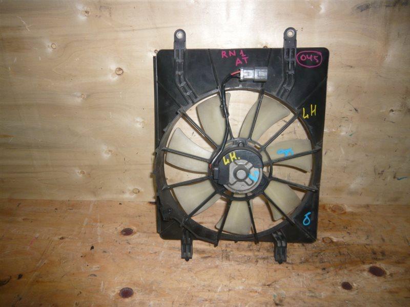 Диффузор радиатора Honda Stream RN1 левый