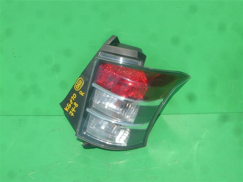 Стоп-сигнал Toyota Iq KGJ10 задний правый 74-8