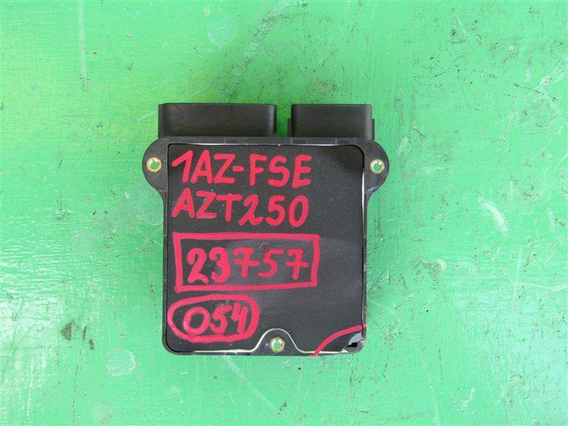 Блок управления форсунками Toyota Avensis AZT250 2AZ-FSE 89871-20040