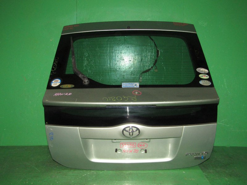 Дверь задняя Toyota Prius NHW20