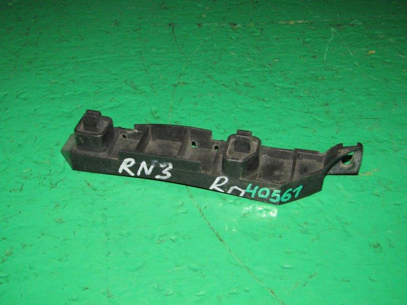 Крепление бампера Honda Stream RN1 10.2000 переднее правое
