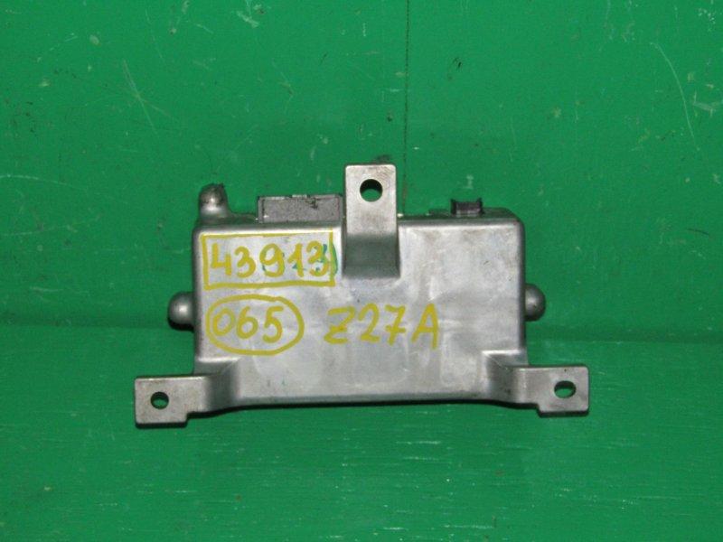 Блок управления рулевой рейкой Mitsubishi Colt Z27A MN125864