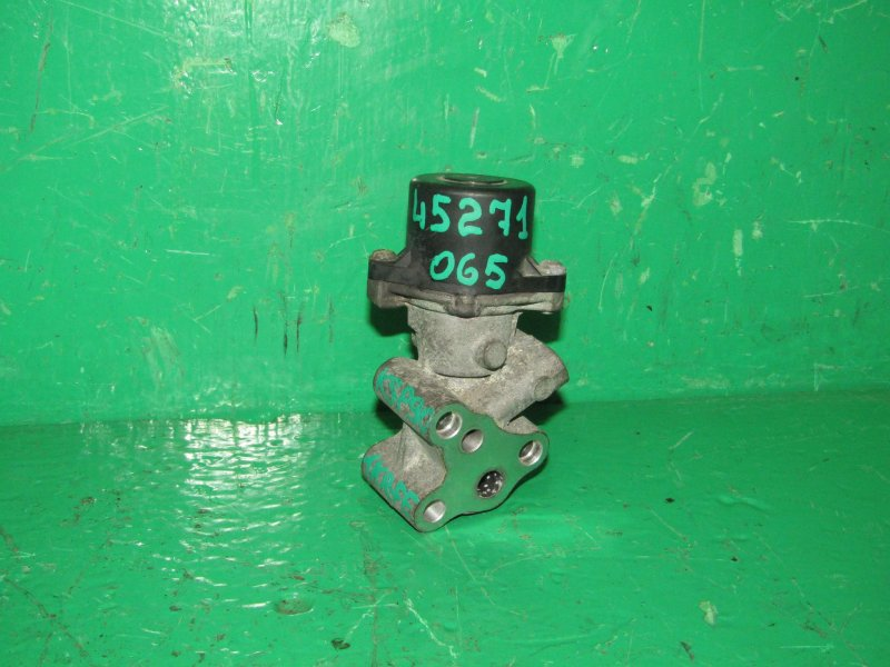 Клапан egr Toyota Vitz KSP90 1KR-FE