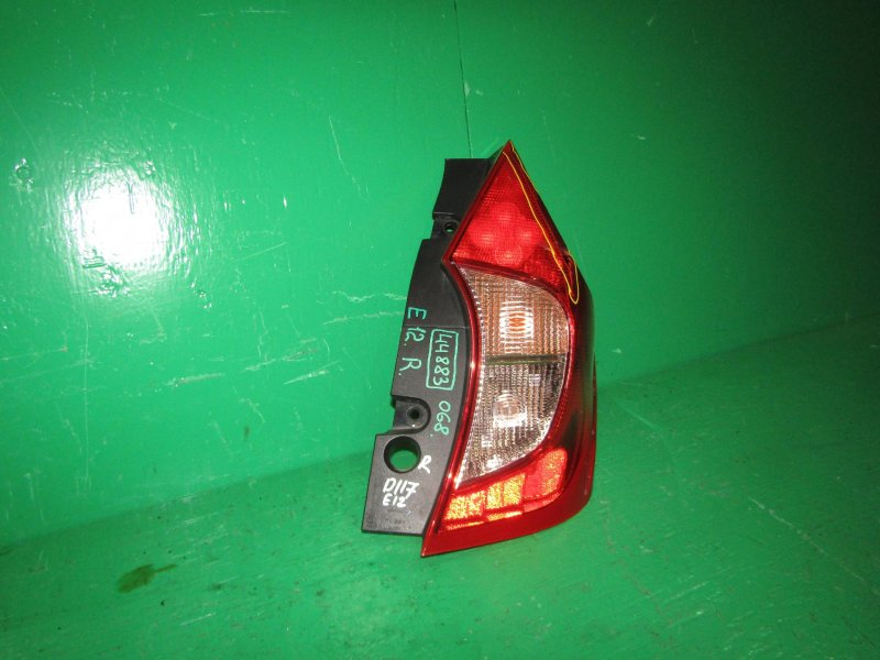 Стоп-сигнал Nissan Note E12 задний правый D117