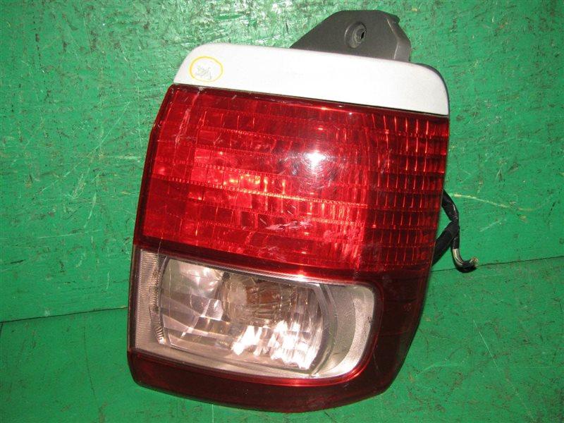 Стоп-сигнал Toyota Hiace Regius RCH41 задний правый 26-106