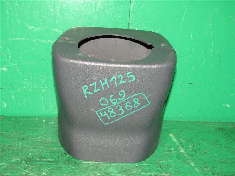 Кожух рулевой колонки Toyota Hiace RZH125