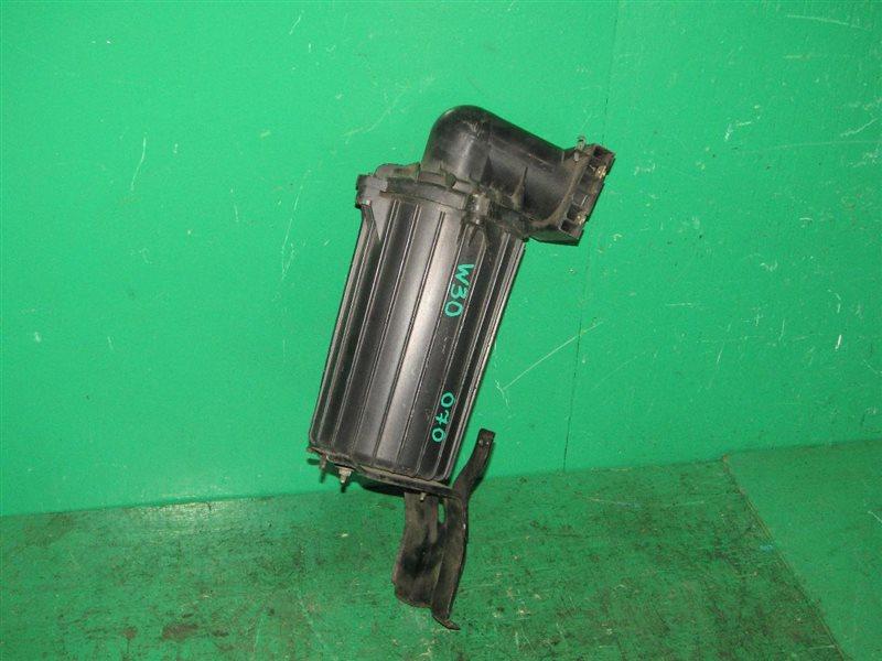 Корпус воздушного фильтра Nissan Largo VNW30 CD20ETI