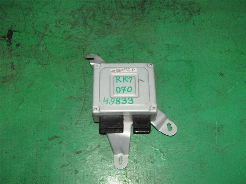 Блок управления рулевой рейкой Honda Step Wagon RK1 R20A