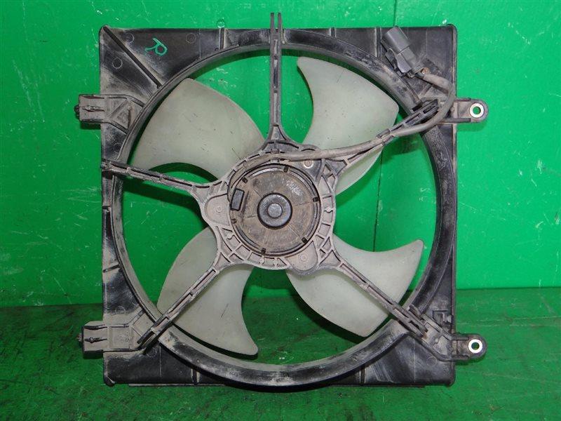 Диффузор радиатора Honda Torneo CF4 правый