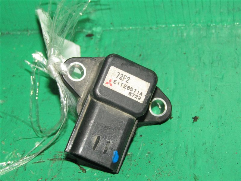 Датчик давления воздуха Suzuki Sx4 YA11S M15A