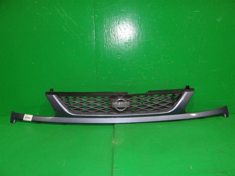 Решетка радиатора Nissan Serena PC24