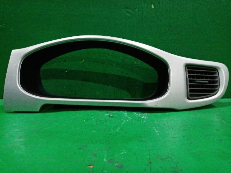 Накладка щитка приборов Subaru R2 RC1