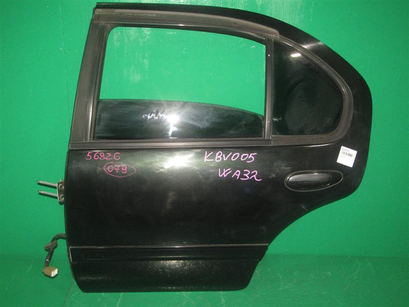 Дверь Nissan Cefiro Wagon WA32 задняя левая