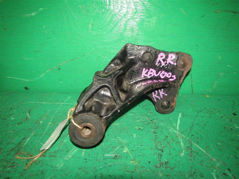 Крепление рессоры Isuzu Elf NKR66L 4HF1 заднее правое
